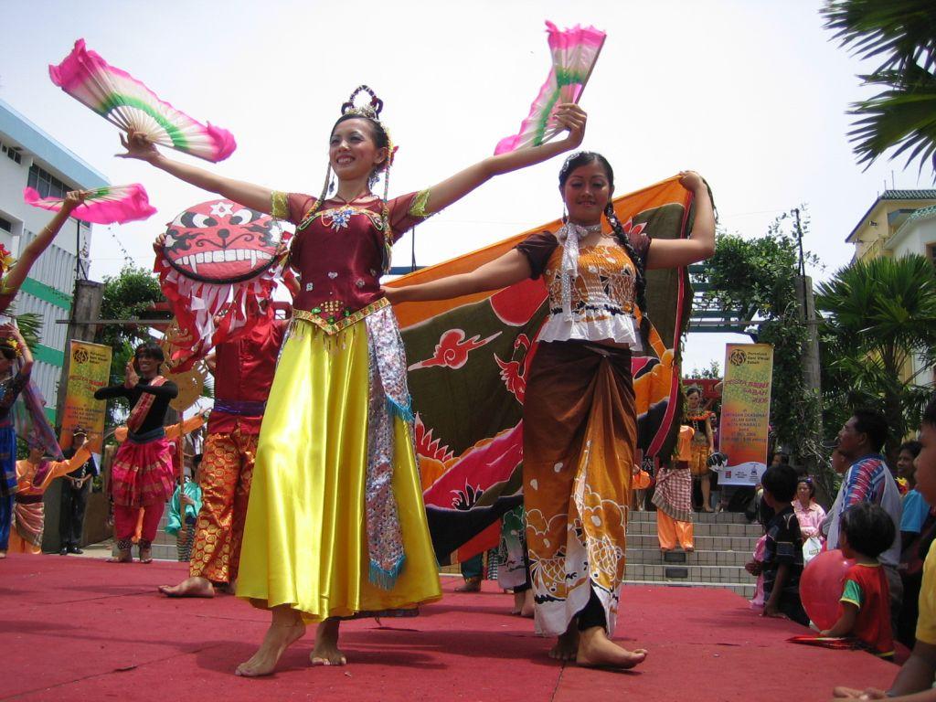 das Erntedankfest von Sabah, Borneo
