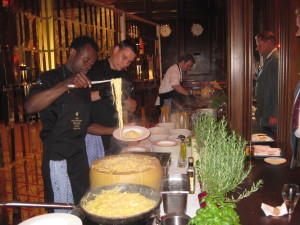 Pasta mit frisch geriebenen Trüffeln Foto: DK