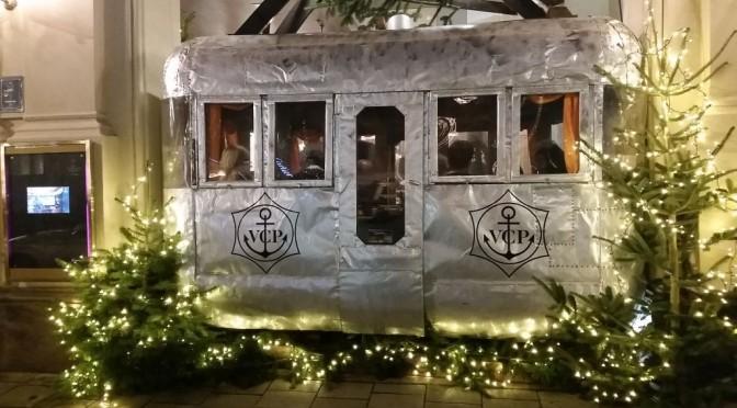 Glitzer & Gondel-Vorglühen bei der Kempinski-Weihnachtsfeier