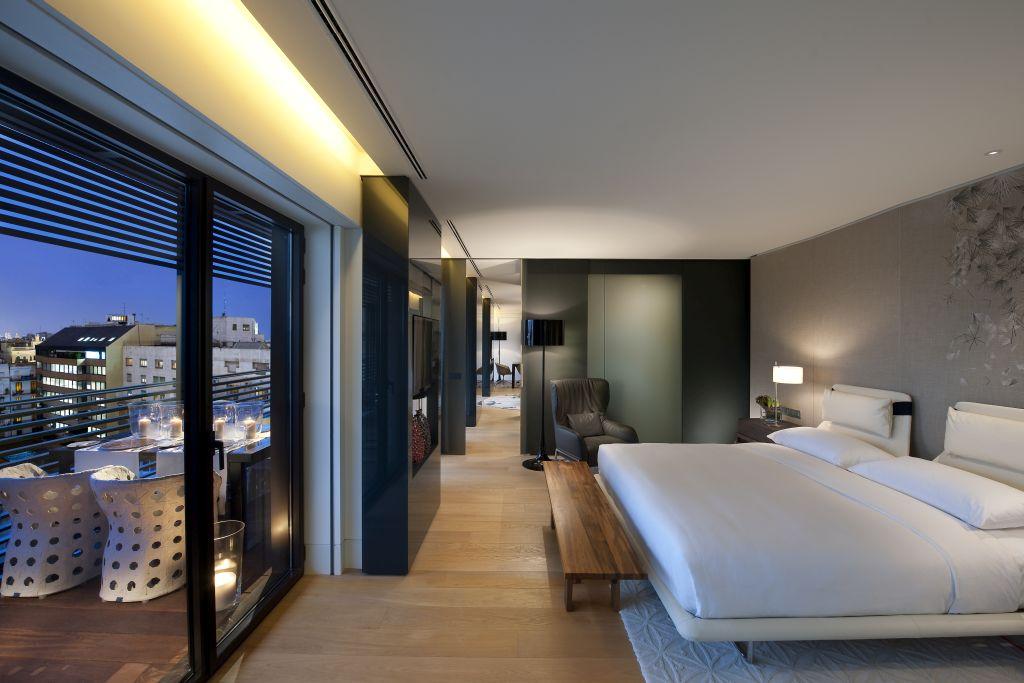 29.Mandarin Oriental, Barcelona - Terrace Suite Garden View