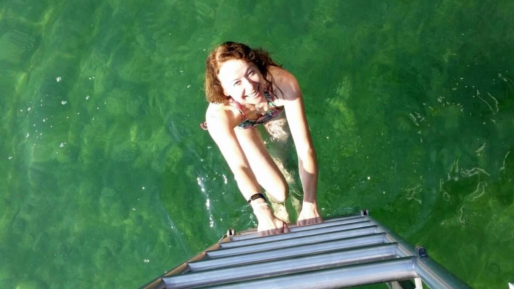 Doris auf der Leiter