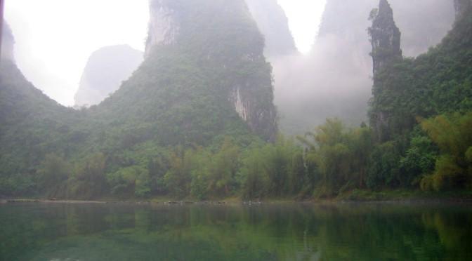 Erholung in Zhaoxing, Felsen satt bei Guillin SW-ChinaTeil 8